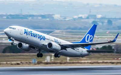 El Gobierno español rescata a Air Europa con 475 millones y será decisivo en la venta a Iberia.